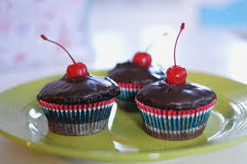 art comfort baking chocolate cherry cupcakes