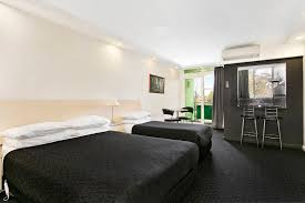 studio 1 bedroom apartments rent melbourne serviced apartments for rent aparthotels