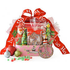 Gift Basket Ideas For Christmas 30 Christmas Gift Hamper Ideas All About Christmas