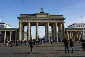 Neoclassical Architecture Vegan Travel The Historic Sites Of Berlin Germany Vegan World