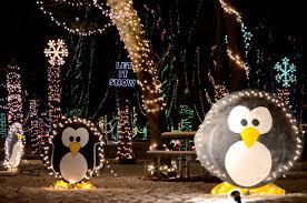 yogi bear christmas lights holiday light show jellystone park in caledonia wi