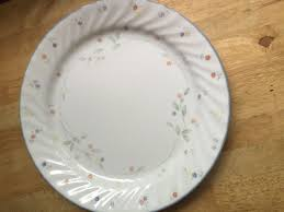 Corelle Dishes Ebay Looking For Indestructible Dinnerware Dishes That Are Microwave