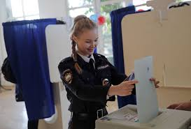 Seeking Gavel Cast Russia Votes But Outcome Is Clear 6 More Years Of Putin The