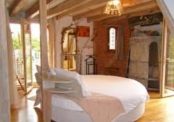 chambre d hote cirq lapopie 46 chambres d hôtes atypiques chambres d hôtes à cabrerets lot