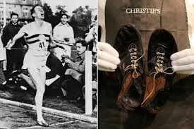 Roger Banister Sir Roger Bannister U0027s Four Minute Mile Spikes To Fetch Five Figure