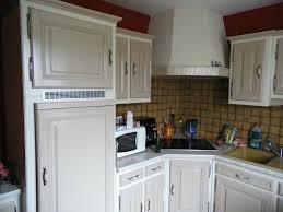 relooker une cuisine en chene peinture meuble cuisine chene portes chene a cacruser comment