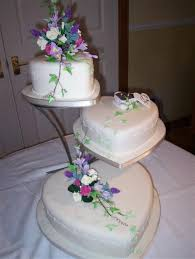 heart shaped wedding cakes heart shaped wedding cake design wedding decor theme