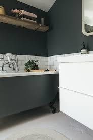Dark Colours by Choosing A Light Or Dark Bathroom Colour Scheme For A Small Space