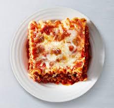cuisine lasagne lasagna with sauce lean cuisine