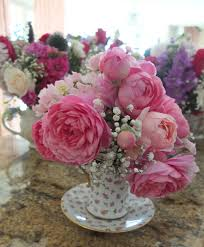 Beautiful Flower Arrangements by Teapot Flower Arrangements Flower Teapot Bouquet Pinterest