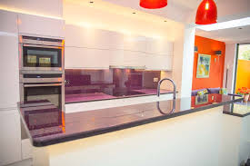 Islands For A Kitchen Purple Glass Kitchen Splashback Worktop And Island For A Kitchen