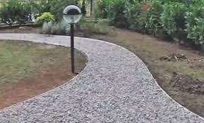 vialetti in ghiaia vialetto di ghiaia come farlo per avere un giardino romantico
