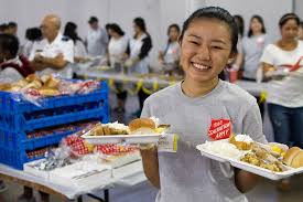 feed the homeless on thanksgiving changing lives one plate at a time u2013 the salvation army hawaiian