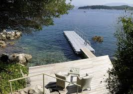 beautiful luxury accommodation in greece and the greek islands