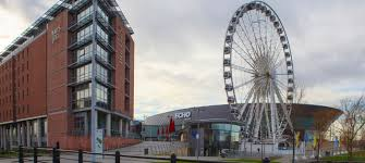 In N Out Near Six Flags Hotels In Liverpool City Centre Jurys Inn Stay Happy