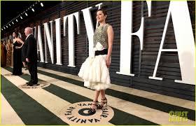 Marion Cotillard Vanity Fair Felicity Jones U0026 Marion Cotillard Switch Up Their Looks For Vanity