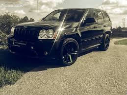 blue jeep grand cherokee srt8 jeep grand cherokee srt8 450hp wynajem z klasą
