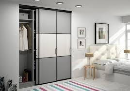 placard chambre la bonne idée déco une porte de placard sur mesure design