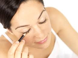 How To Make Wax For Your Eyebrows What The Heck Is Sugaring And Is The Hair Removal Treatment