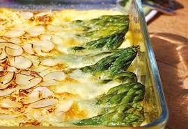 cuisine asperges vertes clafoutis salé aux asperges vertes amandes et parmesan recette
