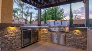 outdoor and backyard barbeques custom designs and installs