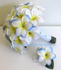 flowers for weddings hawaiian flowers for weddings frangipani wedding flowers