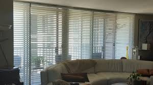 sliding horizontal blinds
