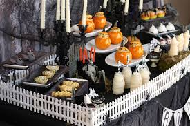 halloween birthday party ideas decorations table 2 loversiq