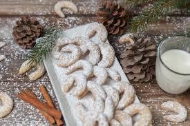 vanillekipferl almond crescent cookies blossom jar