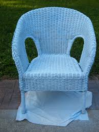 spray painted 5 wicker chair my own home