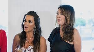 kyle richards needs to cut her hair lisa vanderpump says friendship with kyle richards hits a bump