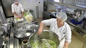 cuisine collective recrutement la restauration collective innove avec les cantines rebelles