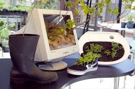 diy planters 22 diy shoes planter ideas diy to make