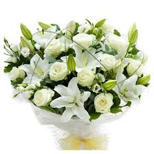 Lisianthus Snow White Beauty Bouquet With Lilies Short Stem Roses