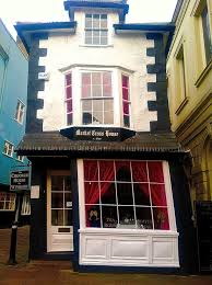 Crooked House Afternoon Tea At The Crooked House Of Windsor U2013 Read To Travel