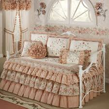 Day Bed Comforter Sets by Pretty Pink Fabric Ruffled Comforter Daybed With With Floral