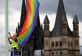 Church Flags Churches That Welcome Couples See Congregations Grow Pinknews