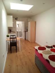 self contained studio flat to rent inc bills in ruislip london