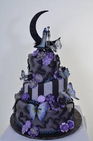 nightmare before christmas wedding rings nightmare before christmas wedding cake idea in 2017 wedding