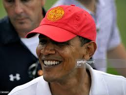 Obama Hawaii by Barack Obama Enjoys Hawaiian Vacation With Family Photos And