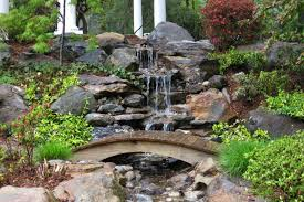 13 different kinds of awesome water features for your backyard