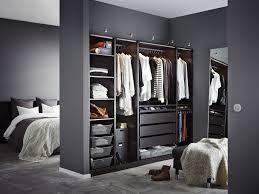 dressing dans une chambre chambre dressing chambre idee de dressing pour chambre