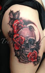 red roses with skull tattoos on thigh in 2017 real photo