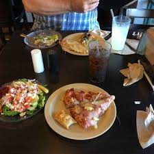 Round Table Pizza Healdsburg Mountain Mike U0027s Pizza Order Food Online 24 Photos U0026 33 Reviews