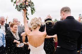 Wedding Barn Michigan Rachael And Joe Married Hidden Vineyard Wedding Barn Michigan