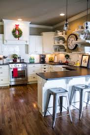 modern kitchen cabinets for small kitchens best 25 small kitchen designs ideas on pinterest small kitchens