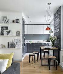 idee arredamento cucina piccola gallery of sfrutta gli spazi pi piccoli donna moderna arredo