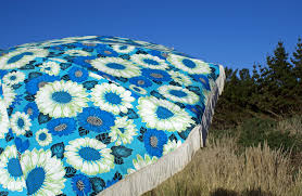 Retro Patio Umbrella by 17 Retro Patio Umbrella Swissgear 19002215 Polyester