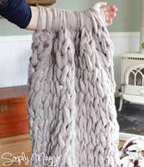 arm knit a blanket in 45 minutes by simply maggie simplymaggie com