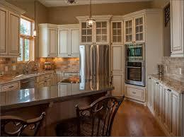 coordinating wood floor with wood cabinets kitchen white cabinets black granite what color backsplash blue